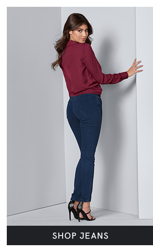 Shop for women's jeans in a variety of washes and colors at VENUS.