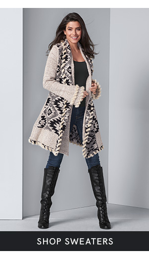Discover women's sweaters and layer up in style at VENUS!