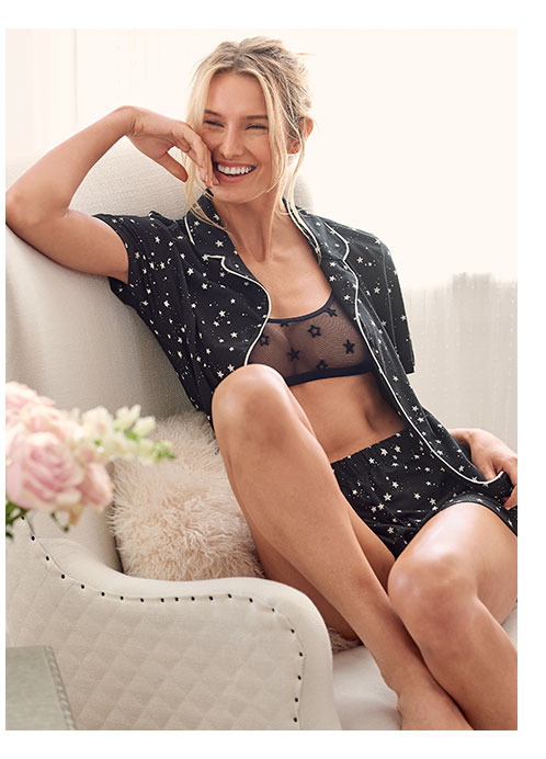 Discover sleepwear in matching sets from VENUS!